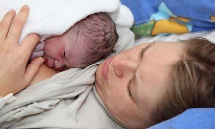 """Quatre nouvelles maternités """"amies des bébés"""""""