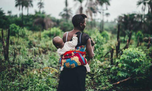 Faire des «choses de bébés» ou faire des choses avec son bébé?